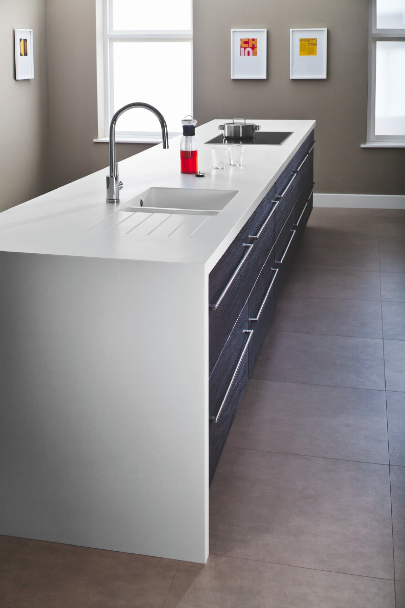 * Bushboard-Glacier-White-worksurface-Encore-range.jpg