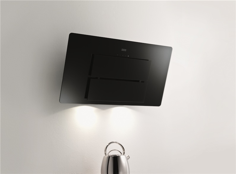 Franke Rangehood : Franke launches its quietly stylish Maris cooker hood in black glass ...