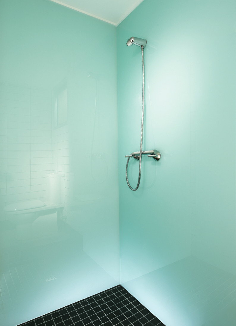 Glacier-shower-green.jpg