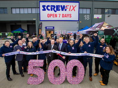 * Screwfix-500th.jpg